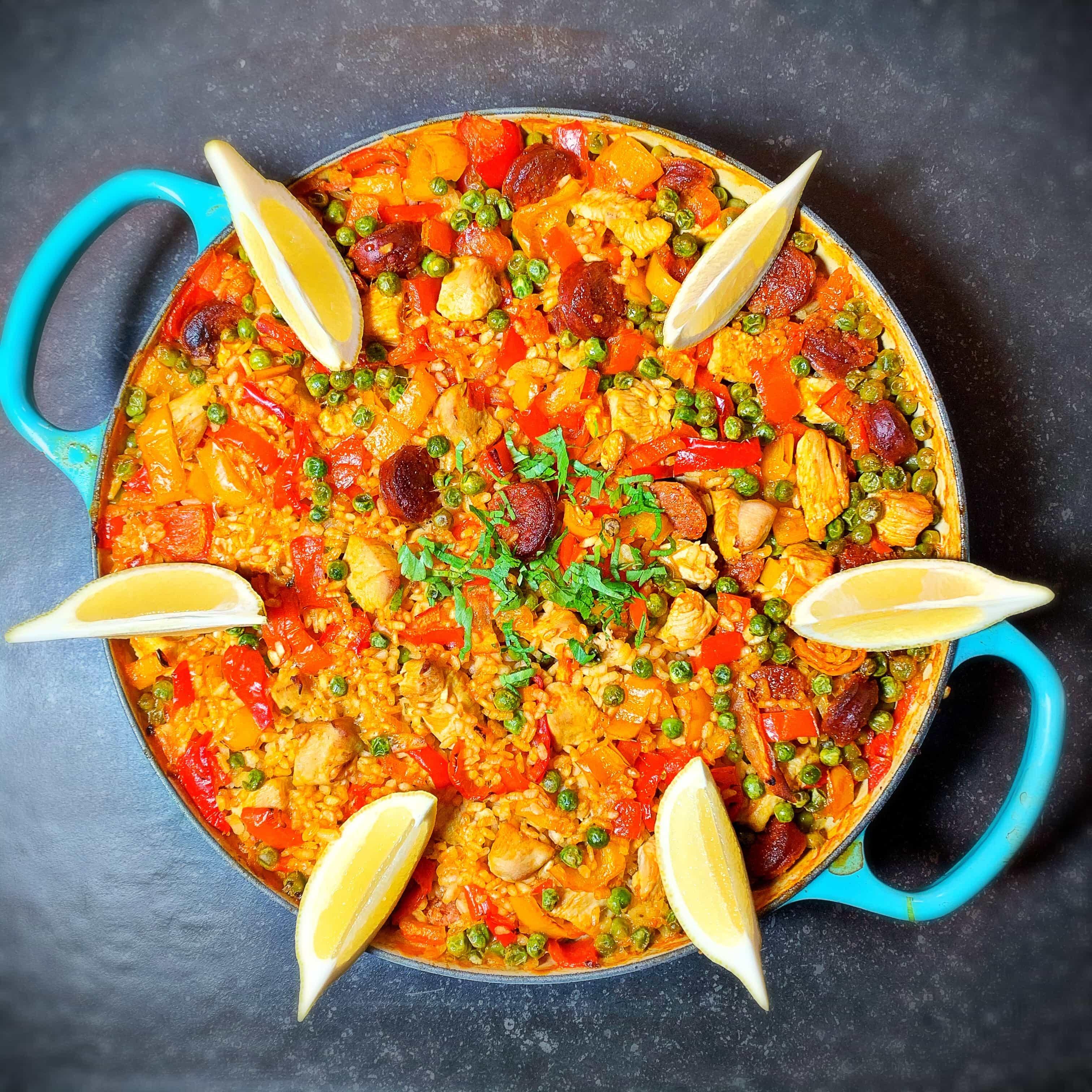 Paella Mit Hahnchen Und Chorizo Homemadestuff Soulfood Heartpieces